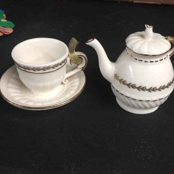 Teapot& cup ornament